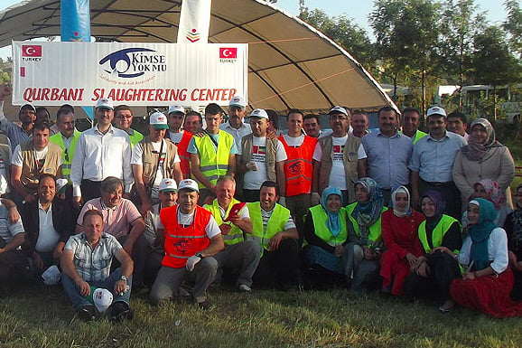 A slaughtering center in Yemen and Hizmet volunteers from Turkey