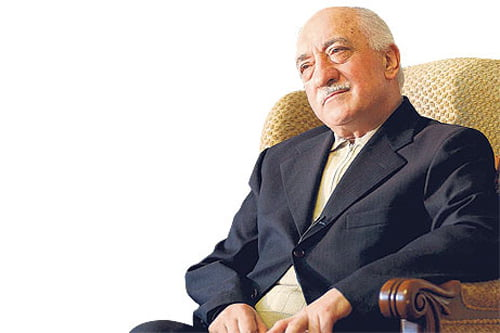 """Twelve songs based on poems by Fethullah Gülen are featured in the new album, """"Rise Up-Colors of Peace."""" (Photo: Today's Zaman)"""