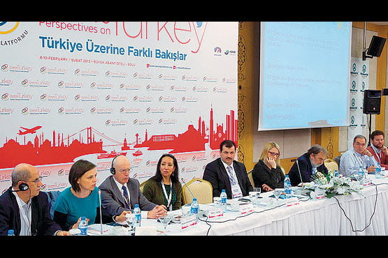 Intellectuals, scholars and journalists participated in the Abant Platform, which ended with a final declaration calling for a new constitution. (Photo: Cihan, Emrullah Albayrak)
