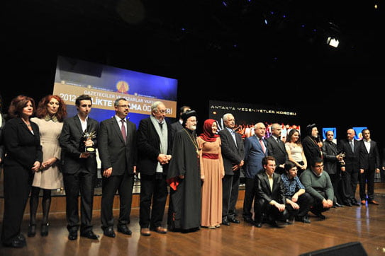 The Journalists and Writers Foundation held an awards ceremony on Sunday to honor the country's minority groups. (Photo: Today's Zaman)