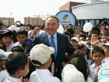 President Nazarbayev visited the Nur Orda Kazakh-Turkish High School