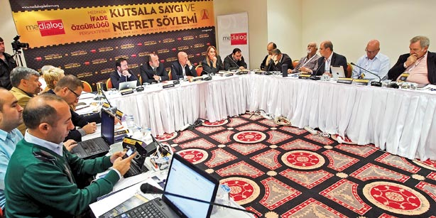 The Medialog Platform organized a meeting on hate speech and freedom of expression on Heybeliada over the weekend. (Photo: Today's Zaman)
