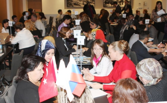 (TUSKON) brought together in Moscow businesswomen from Russia and Turkey to establish closer economic relations between the two countries.