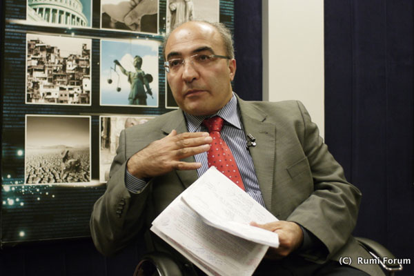 Prof. Hakan Yavuz: The movement has at various times broken with and sought accommodation from, both the Kemalist establishment, as well as overtly Muslim political movements such as the one led by the late Necmettin Erbakan.