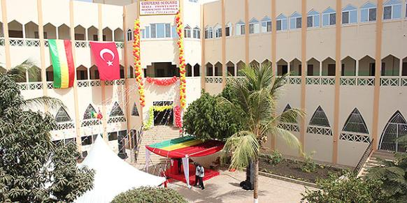 A Turkish school in Mali. (Photo: Cihan, Abdülhamit Durmuş)