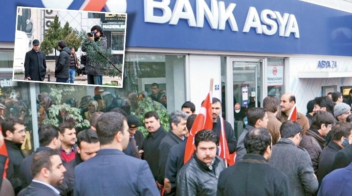 A public outcry against the raid and temporary management takeover of Bank Asya has seen countless customers depositing their money in support.