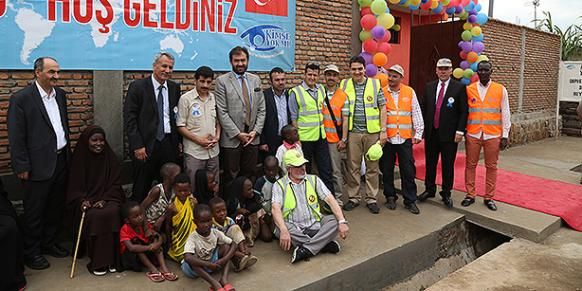 Turkish charity Kimse Yok Mu opened two orphanages in Burundi. (Photo: Cihan)