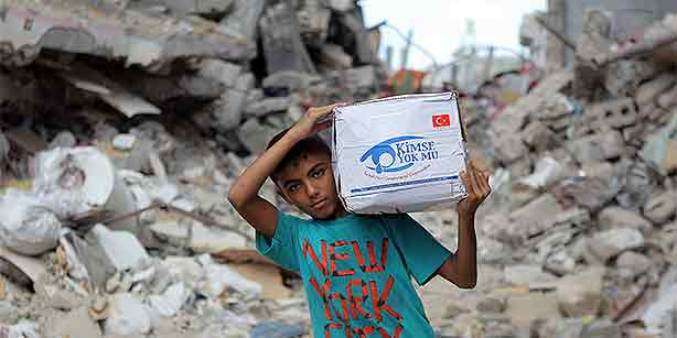 Kimse Yok Mu is a charitable organization that is active in 113 countries around the world. (Photo: Today's Zaman)