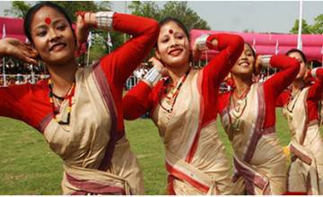 Women engaged in the traditional Bihu dance (File Photo: dsyw.assam.gov.in)