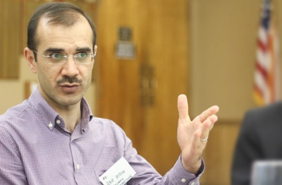 Dr. Akif Aydin