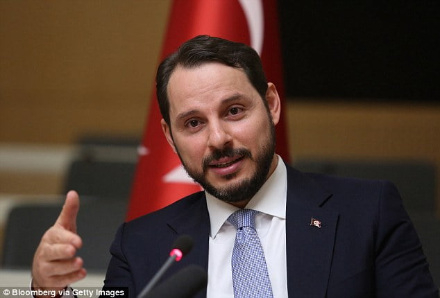 More than 57,000 personal emails from the account of Turkey's Minister of Oil Berat Albayrak have been made public by WikiLeaks.