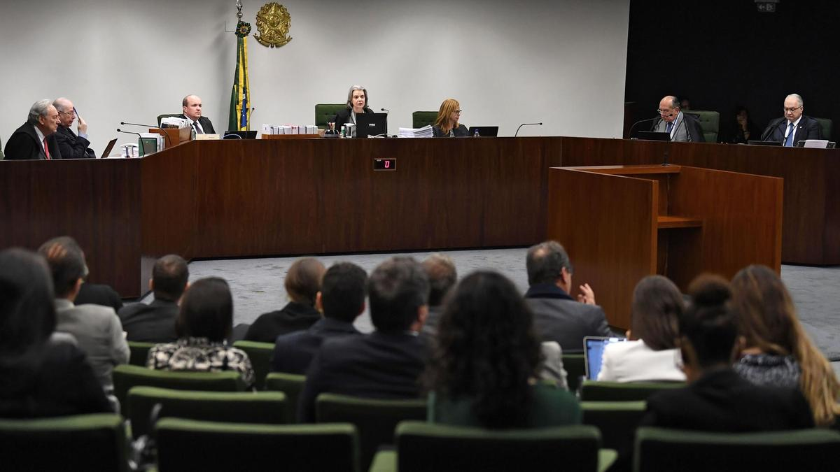 General view of a hearing on Turkey's extradition request for Brazilian-Turkish businessman Ali Sipahi, in Brasilia, on August 6, 2019. Sipahi is accused by the Turkish government of being a terrorist of the Hizmet movement. / AFP / EVARISTO SA