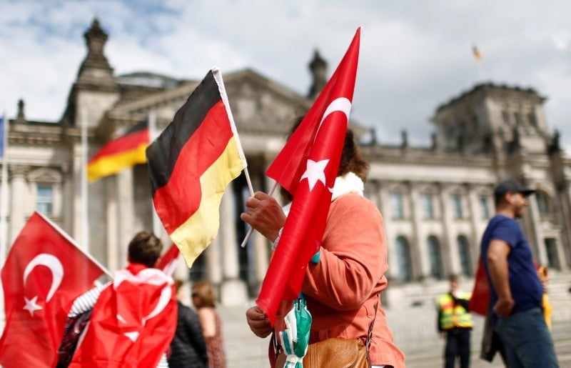 Growing number of Turkish citizens apply for asylum in Germany